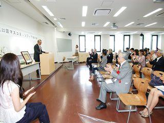 山田五郎さんの講演を聞く会員